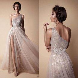 Großhandel 2019 moderne prom kleider sexy eine schulter eine linie split side pailletten lange abendkleider nach maß silber party dress ba7859