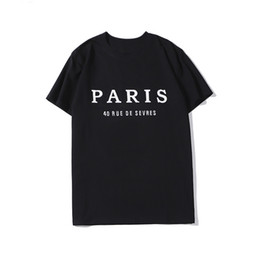 venda por atacado 20SS Mens Designer camiseta Casais Moda Paris Homens Mulheres Casual T Shirt Black White Stylist Tamanho S-XXL