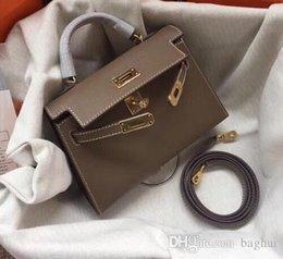 PoPular ladies bags online shopping - Fashion classics Shoulder BagsCross BodyToteshandbags brand fashion TOP luxury designer bags famous women Popular Hand Bill Shoulder Slant9V