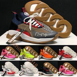 Luxo Cruz Chainer Sneakers para as Mulheres Homens calçados casuais 2019 Brand Design italiano 2.0 Preto Branco Volt Outdoor Formadores Sapatos Tamanho 36-45 venda por atacado