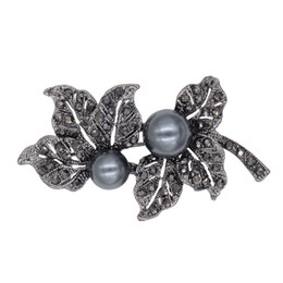 Vintage Black Rhinestones Brooches   Pins Black Simulated Pearl Leaf Shape  Brooch for Women Fashion Scarf Clip Jewelry e8e7aa0d5823