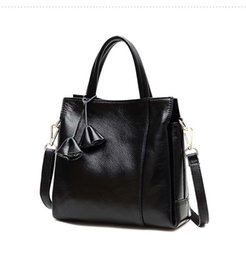 sex bags Australia - Glitzy2019 Woman Genuine Baotou Layer Cowhide Soft Will Capacity Litchi Grain Handbag Single Shoulder Package Diagonal Female Sex