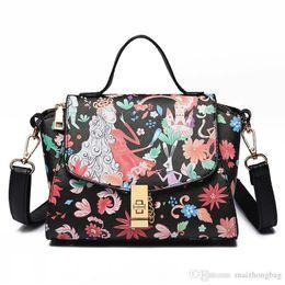 $enCountryForm.capitalKeyWord Australia - Trapeze Fashion Brand Bag Nice New Vogue Painting Lady Handbags High Quality Designer Fashion Handbag And Messenger Bags