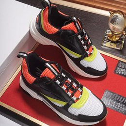 $enCountryForm.capitalKeyWord NZ - New Arrival Mens Shoes Luxury Casual Fashion Lace-up Low Top Shoes Black Red and Yellow Canvas and Calfskin Sneaker with Origin Box