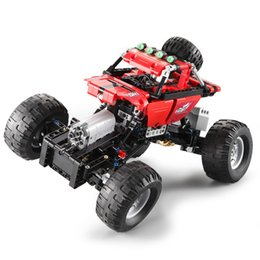 Wholesale Science and Technology Series Remote Off-road climbing car Boys Assemble Building Blocks Toys