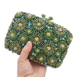 clutch bag party green Australia - Green Daisy flowers Luxury Crystal Bags Women Party Handbags Women Wedding Purse for Lady banquet Chain Diamond Clutch Bags SM29
