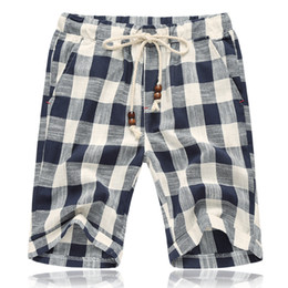 $enCountryForm.capitalKeyWord NZ - Plaid Casual Shorts Men Summer Drawstring Cargo Mens Linen Shorts Beach Bermuda Male Breeches Cotton Loose Trousers Dungarees