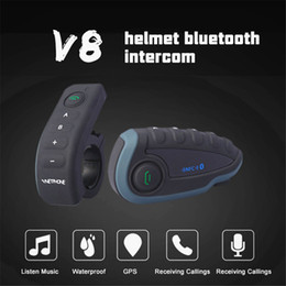 Discount wireless bluetooth motorcycle helmet - New Synchronous Motorcycle Helmet Intercom Bluetooth Helmet Headset 1200m Wireless Intercom For 5 Riders Online Intercom