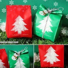$enCountryForm.capitalKeyWord Australia - 50PCS Green Red Christmas Gift Bags Candy Box With Snowflake Xmas For Biscuits Package Dessert Cookie Bags Christmas Decorations