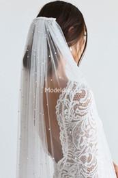 Один слой Pearls фаты с расческой Мягкая тюль Длинные Оптовая цена фату Дешевые свадебные аксессуары для невесты Свадебные аксессуары на Распродаже