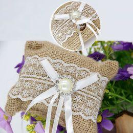 Ehering-Kissen-Kissen-Ring-Träger-Spitze-Bogen-Blume für Hochzeitszeremonie-Hochzeitsfest DIY-Versorgungsmaterialien im Angebot