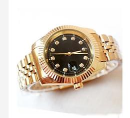 Dial Box NZ - New Style Fashion men watches Luxury Calendar Quartz Watches Gold Dial Calendar Gold Bracelet Folding Clasp Diamond Watch Male gifts box dz