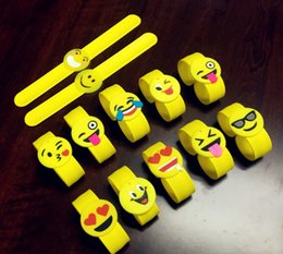 snap cartoon Australia - 72pcs Smile Silicone Slap Bracelet Cute Kids PVC Safe For Baby QQ Funny face Cartoon Yellow Snap Bracelet Q expression Toys For Party Gift