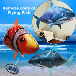 $enCountryForm.capitalKeyWord Australia - 1PCS Remote Control Flying Air Shark Toy Clown Fish Balloons RC Helicopter Robot Gift For Kids Inflatable With Helium Fish plane