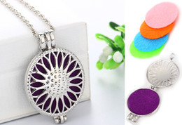 "$enCountryForm.capitalKeyWord Australia - Fashion Jewelry Openwork Perfume Necklaces Essential Oil Aromatherapy Diffuser Locket Pendant Necklace With 23.62"" Adjustable Chain B397Q F"
