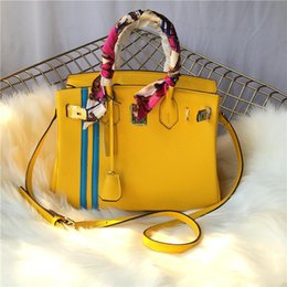 $enCountryForm.capitalKeyWord Australia - Elegant2019 Package Woman Leather Classic Fund Litchi Vertical Lines Spelling Color Head Layer Cowhide Single Shoulder Shoes Portable Bag