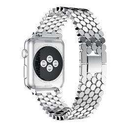 Großhandel Anwendbare Apple Watch Apple Watch 1.2.3.4 Edelstahl Fischschuppen Metallarmband, um galvanisierte TPU-Schale zu senden