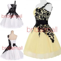 Little Black Lace Homecoming Dress Australia - One Shoulder Black Applique Short Prom dresses 2019 White Pink Tulle Formal Party Gowns Lace Up Back Mini Little Graduation Homecoming Dress