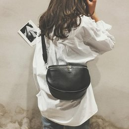 $enCountryForm.capitalKeyWord Australia - Fashion Women Pure Color Shell Leather Messenger Shoulder Chest Bag Retro Female Small Messenger Bag simple style
