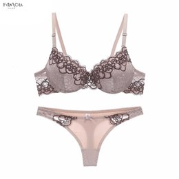 three strap bra Australia - High-End New Arrival Lace Bra Set Push Up Underwear Set Women Thin Cup Thick Lace Intimates Bras Three Hook-And-Eye Lingerie
