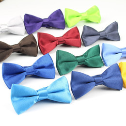$enCountryForm.capitalKeyWord NZ - Children Fashion Formal Commercial Classic Solid Color Butterfly Wedding Party Bowtie Kid Suit Tuxedo Dicky Pet Bow Tie C19011001