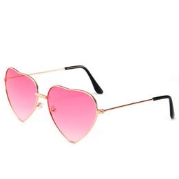 $enCountryForm.capitalKeyWord NZ - Love Heart Sunglasses Women Pink Sunglasses 2019 Summer Glasses Metal Frame Gradient Sun Glasses Party Eyewear for Female UV400