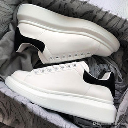 $enCountryForm.capitalKeyWord Australia - New Designer shoes 3M Reflective white leather casual shoes for girl women men black gold red fashion comfortable flat sneakers size 35-44