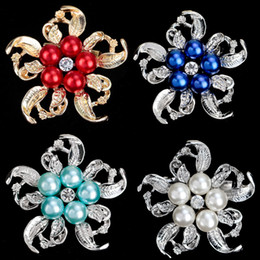 Wholesale Suits Party Australia - Vintage Pearl Bead Flower Antique Brooch Coat Suit Collar Shirt Pins for Women Romantic Wedding Party Banquet Brooch