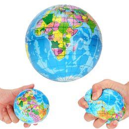 970b39afa9f 10 cm Lucha contra el estrés Bola de juguete del globo terráqueo blando  Squishi Tellurion Esfera Mapa del mundo Bola de espuma Atlas Palm Planet  Earth ...