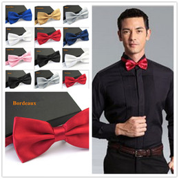 Solid Navy Blue Ties NZ - Men's Fashion Tuxedo Bowtie Butterfly Bow ties for Men Wedding Party Bordeaus Black White Silver Champagne Navy Blue Pink Blue D19011003