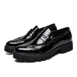 $enCountryForm.capitalKeyWord Australia - Hot sale-Charming2019 Platform Trend Hairstyle Division Male Thick Bottom England Coarse With Small Leather Shoes