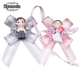 $enCountryForm.capitalKeyWord Australia - wholesale Cute Doll Boutonniere Wedding Groom Buttonhole Lapel Pin Bridal Bracelet Artificial Accessories Wrist Corsage
