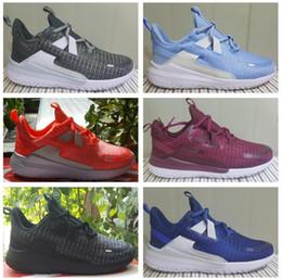 $enCountryForm.capitalKeyWord Australia - UNDERCOVER x Upcoming React Element 87 Pack White Epic Sneakers Brand Men Women Trainer Men Women Designer Running Shoes Zapatos 2018 New