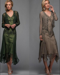 $enCountryForm.capitalKeyWord Australia - Modest Tea Length Mother of The Bride Groom Suit Dresses with Jacket Lace Appliques Beaded V Neck 2019 A Line Evening Gowns Plus Size
