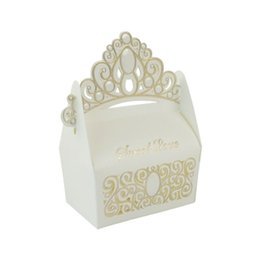 Crown Shaped Boxes Australia - 2019 New European Crown Shaped Paper Candy Box Creative Wedding Celebration Decoration Candy Box Gift Box