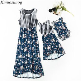stripe clothes mom Australia - Family Matching Clothes 2019 Autumn Length Stripe Floral Long Dress Baby Girl Romper Mom and Daughter Dress Family Look C0506