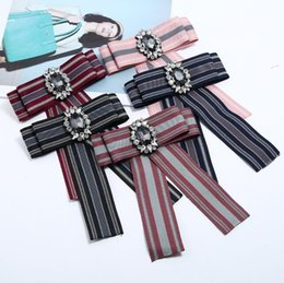 cotton bow ties for boys UK - Fashion big bow ties for boys collar flower striped with diamond bow brooch accessories wholesale price hot sale