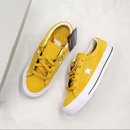 $enCountryForm.capitalKeyWord Australia - New Conversing One Star Ox Pinstripe Casual Shoes Fashion Designer Skateboard Shoes Yellow BeigeFlip Shoes For Men And Women