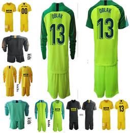 Venta al por mayor de 2018 2019 camiseta de portero de fútbol KIDS # 13 OBLAK GRIEZMANN KOKE DIEGO COSTA camiseta 18 19 camisetas de futbol Uniformes de portero