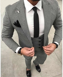 $enCountryForm.capitalKeyWord Australia - Casual Plaid Mens Wedding Dress Suits For Men 3Pieces(Jacket+Pants+Vest) Men Blazers Dinner Party Suits Groom Tuxedo Terno Masculino Blazer