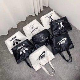 $enCountryForm.capitalKeyWord Australia - Women designer brand handbags shoulder bag outdoor travel bags cosmetic bag letter large capacity tote bags stylish free shipping luxury 943