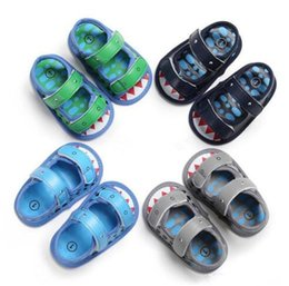 $enCountryForm.capitalKeyWord Australia - New Baby shark sandals 2019 summer Fashion cartoon Kids Slippers infant First Walkers newborn Walkers shoes B11