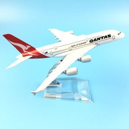 16cm Qantas Airbus A380 Aircraft Model Diecast Metal Model Airplanes 1:400 Metal A380 Plane Airplane Model Toy Gift Y200428 on Sale