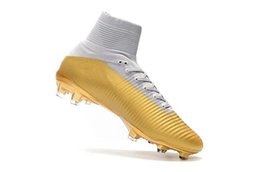 cr7 indoor shoes gold boots NZ - Top High Quality 2019 Mens Woman Kids Football Boots Superfly V TF IC FG Soccer Shoes Ronaldo CR7 FG White Gold Soccer Cleat