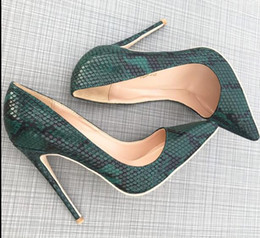 $enCountryForm.capitalKeyWord NZ - New Sexy Brand Red Bottom Fashionable Green Snakeskin Pointed High heeled Women's Red Sole Leather Pumps Wedding Dress Shoes