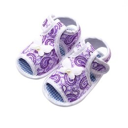 $enCountryForm.capitalKeyWord Australia - Summer Baby Shoes Girl Canvas Hollow Plaid Soft-Soled Princess crib shoes Bowknot Floral Insert prewalkers
