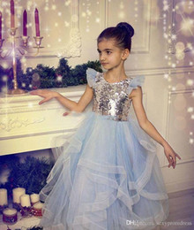 Paillettes e Tulle Girls Pageant Gowns Silver Top Cap Sleeve Light Blue Gonna Tutu Flower Girl Abiti per la cerimonia nuziale A buon mercato Baby Party Dress