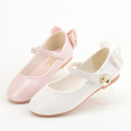 american girl children s clothes NZ - Girls Heel Butterfly Flat Top Shoes Spring And Autumn Korean-style Children Crystal Shoes Students White Catwalks Performance Sm