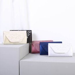 white lace evening bag Australia - Fashion women's bag 2020 new dinner bag water soluble lace stitching envelope evening clutch