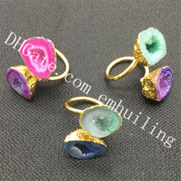 geode agate NZ - 10Pcs Irregular Mixed Random Color Double Druzy Geode Stone Rings Gold Electroplated Dyed Agate Quartz Gemstone Dual Rings Adjustable Size